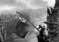 苏联能打败强大的德国,为何与一个小国作战时吃够苦头?