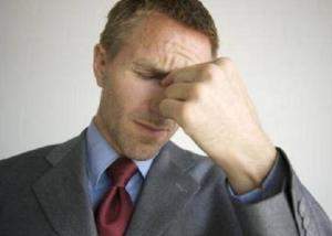 偏头痛的症状是什么 偏头痛日常注意事项