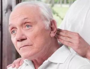 老年痴呆的症状 老年痴呆吃什么好