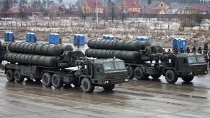 """美国务卿关切俄印S-400协议,声称美方""""有法律"""""""