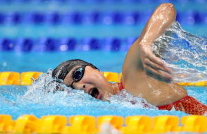 王简嘉禾获800米自由泳第五名