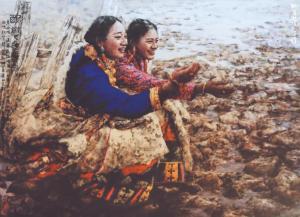 捕捉日常生活中的神韵和诗意一一观著名画家南海岩笔下的藏族姑娘