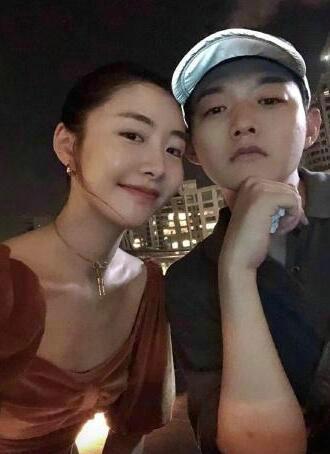 """霍尊疑发朋友圈回应争议 被女友曝""""约炮""""言论"""