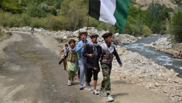Taliban stop Afghan govt employees from returning to work