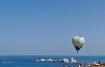 青海湖水面积增至17年来最大