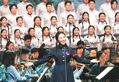 2020年10月15日,上海音乐学院新时代版《长征组歌》在沪首演。  新华社记者 任 珑摄