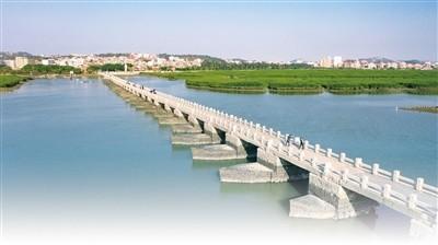 连接海港与内陆的洛阳桥。资料图片