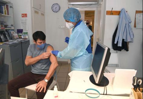 欧洲头条丨他们说:我今天接种了中国疫苗!