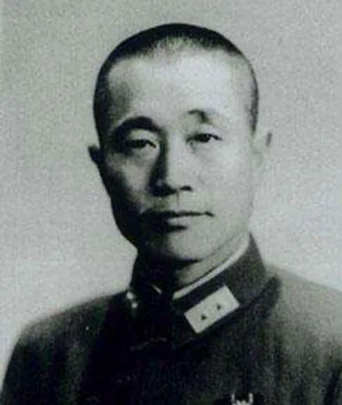 淮海战役国民党为何失败 杜聿明:蒋介石只会搞人事