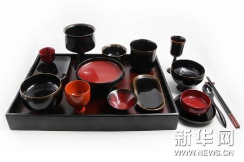 《合礼之器·大漆饮食具》 常瑞红 李晓梅 第十三届全国美术作品展铜奖