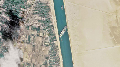 """苏伊士运河""""大堵车""""后,外媒更加关注中欧班列"""