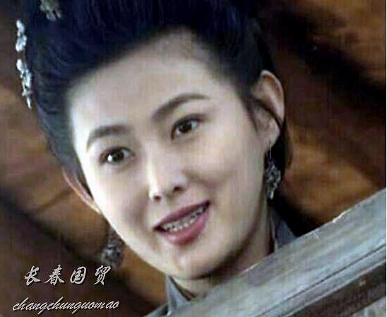 """98版水浒传""""潘金莲""""近照曝光 保养得宜风韵犹存"""