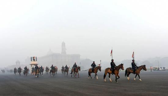 准备参加阅兵,150多名印度士兵被查出感染新冠!