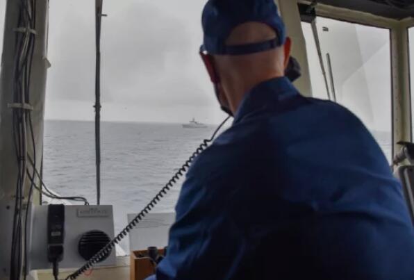 美军把删除的中国舰队照片又发出来了,加了一句话