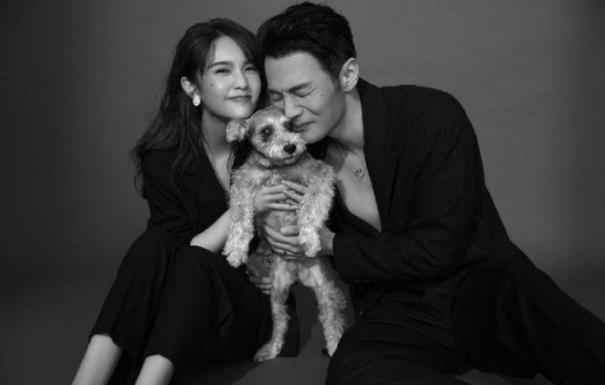 """杨丞琳李荣浩终于见面了 结婚1年分离300天好似""""苦命鸳鸯"""""""