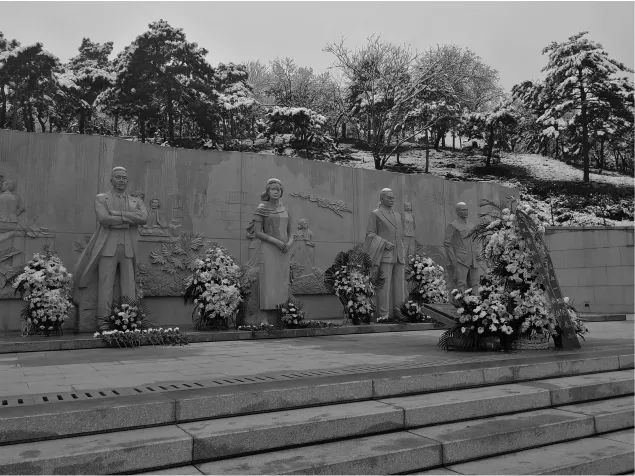 今天,我们一起悼念他们,他们的名字叫山河