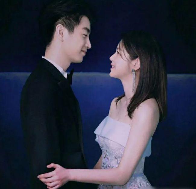陈妍希初舞台为儿子唱小星星 称其是一份生日礼物