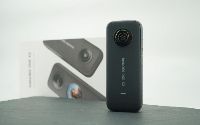 Insta360 ONE X2动手玩:前后各一颗全景鱼眼镜头 一人摄制组的好帮手