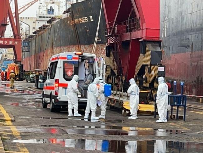 """广州海事""""船员就医专线""""成功救助80余名伤员 搭建起""""海上生命通道"""""""