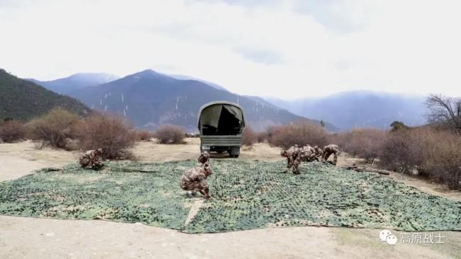 西藏民兵装备肩扛式防空导弹 5秒锁定反制敌方战机