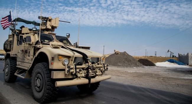 在叙利亚最大油田附近美军基地遭到火箭弹袭击