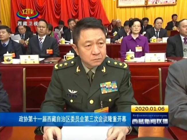 5位将军同时晋升 他刷新公开履历中最年轻上将纪录