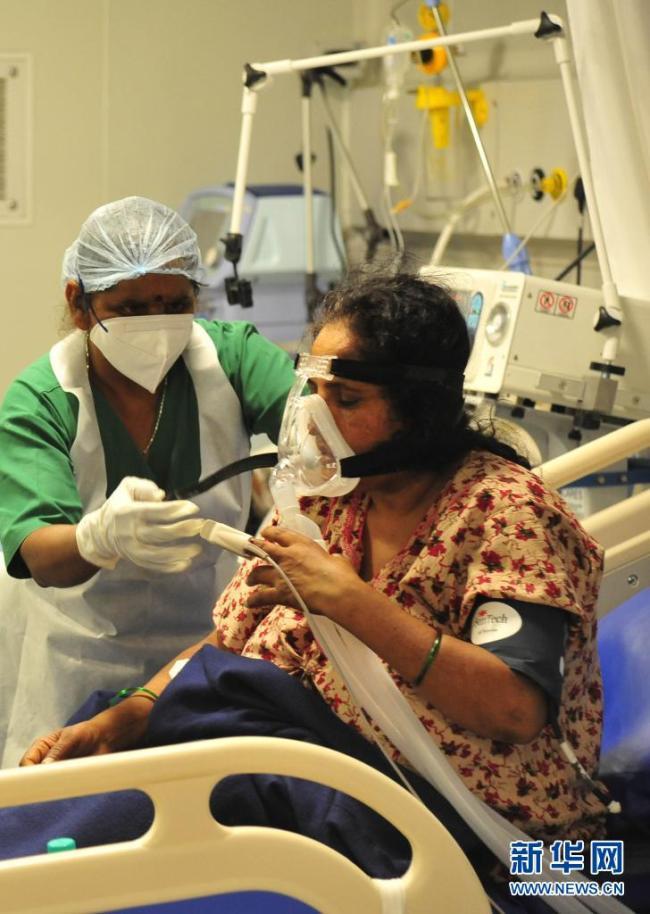 印度日增新冠确诊病例超38万例