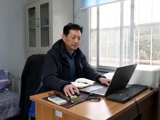 """与精品工程一路同行——记得利斯集团""""年度学习标兵""""刘法礼"""