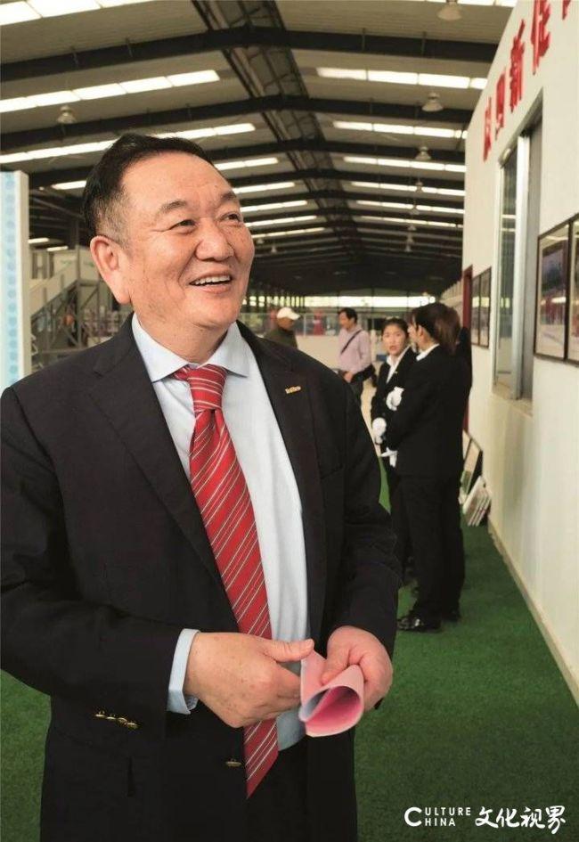 """从""""炕头"""" 到全球——卞志良引领泰山体育用中国质量""""书写""""国际标准的传奇故事"""