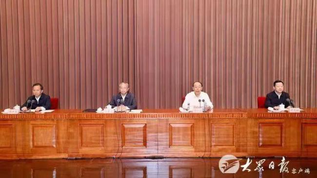 周乃翔任山东省委委员、常委、副书记、代省长