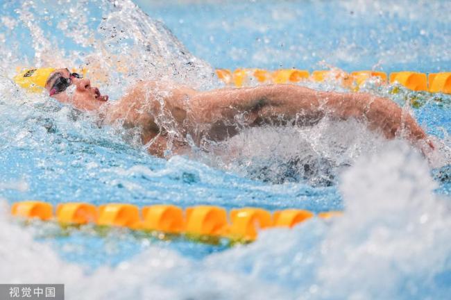 [图]男人100米仰泳半决赛:徐嘉余列第六进入决赛