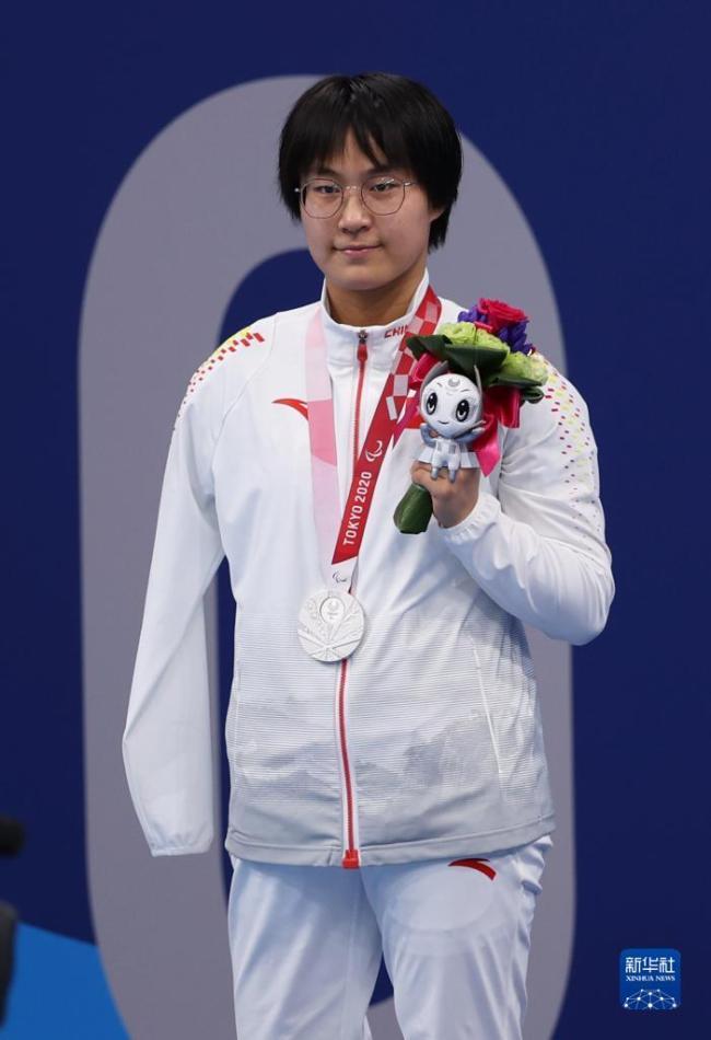 残奥会游泳:蒋裕燕获女子100米仰泳S6级亚军