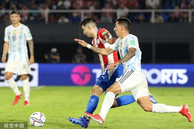 [图]梅西数次制造杀机 阿根廷客场0-0平巴拉圭