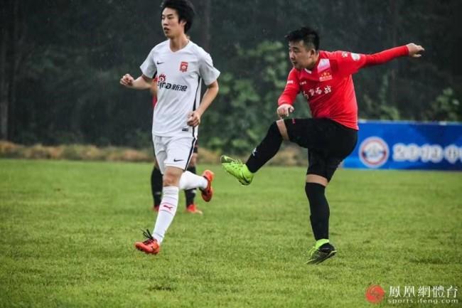 凤凰网足球队杜潇君:希望自己能陪球队一直走下去